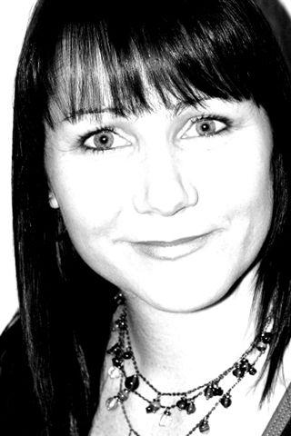 Rachelle Minett